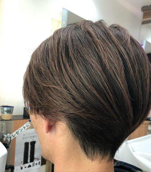 髪も爪もツヤツヤ❣️.美意識高い男性増えてます。.#ヘアースタイル#メンズカット#メンズスタイル#パーマ#カラー#メンズ#メンズネイル#アイブロー#フェード#ルインズ31#顔剃り#炭酸シャンプー#復元ドライヤー#都賀#都賀理容室#都賀美容室#都賀ヘアーサロン